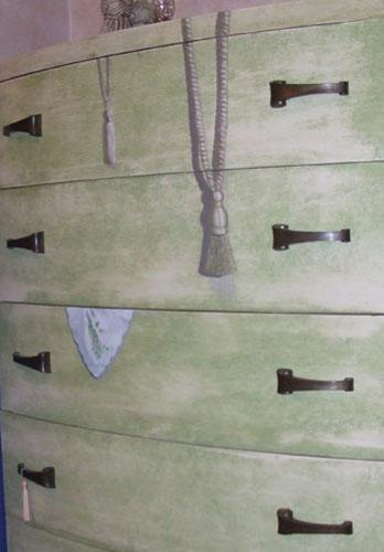 Trompe L'Oiel dresser